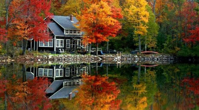 lake_house_autumn_wallpaper__yvt2